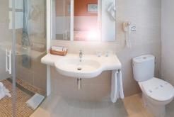 Baño GHT Hotel Balmes