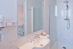 Bathroom GHT Hotel Balmes