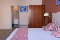 Double room wardrobe GHT Hotel Balmes