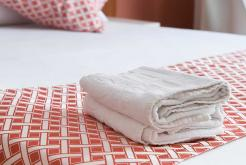 Double room towels GHT Hotel Balmes