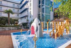 Tiburón aqua splash GHT Hotel Balmes
