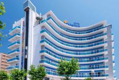 Fachada principal lateral GHT Hotel Maritim