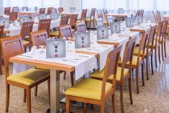 ресторан Отель GHT Oasis Park Spa Льорет-де-Мар